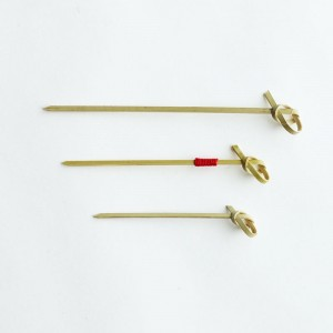 Musubi Bamboo Skewer Knot Top with Red String 10cm - Epicure